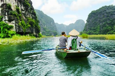 Trang An Boat Tour-Mua Cave - Hoa Lu Tour Full Day From Hanoi