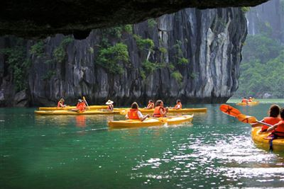 Halong Bay Day Trip with Fast Expressway Transfer Round Trip