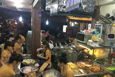 Hanoi Street Food Tour With Locals